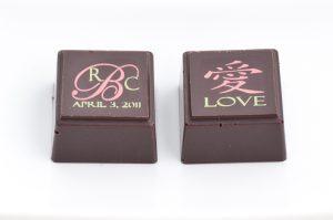 Delysia-Chocolatier-Wedding-Personalized-Monogrammed-Chocolate-Truffle-2
