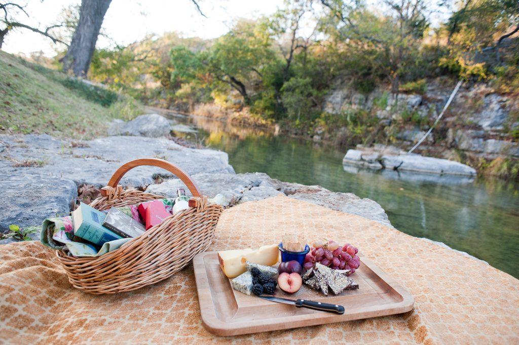 Delysia-Chocolatier-summer-picnic-chocolate-Austin-Texas-shop-31